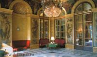 Делакруа украсил стены Бурбонского дворца великолепными фризами